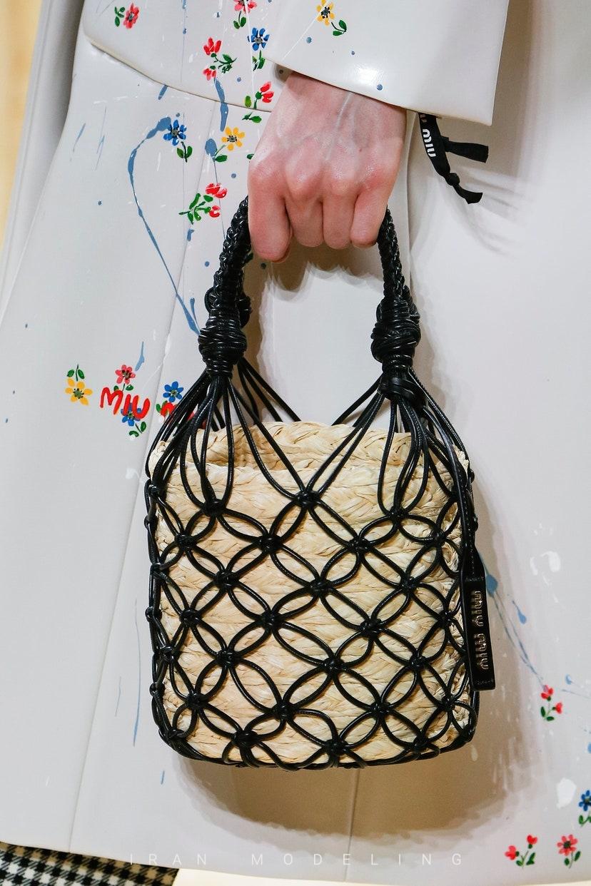 جدیدترین کیف های نی و حصیری گوچی لویی ویتون سلین فندی لوو میو میو پرادا رالفو روسو فراگامو والنتینو ژاکوموس گراوانی